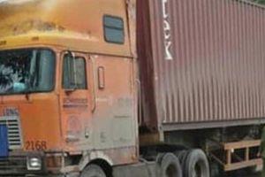 Hai học sinh thương vong do va chạm với xe container trên đường về nhà