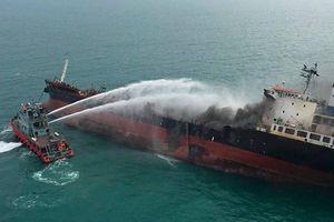 Có thể mất vài tuần để dập đám cháy tàu chở dầu Việt Nam