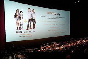 'Con nuôi bất đắc dĩ' phim hài nhẹ cho gia đình vào cuối tuần