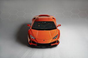 Siêu xe thể thao Lamborghini Huracan EVO 2020 xuất trận