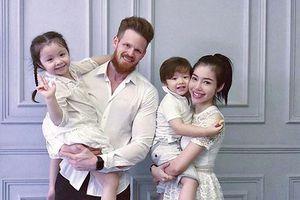 Loạt ảnh mới nhất của trai Tây bị nghi là chồng của Elly Trần
