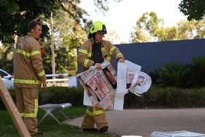 Nhiều gói hàng khả nghi bất ngờ được gửi tới hàng loạt phái bộ nước ngoài ở Australia