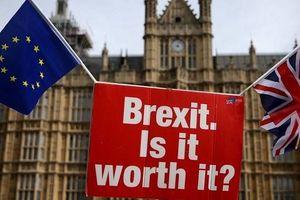 Nghìn tỷ đô đang 'rời bỏ' nước Anh