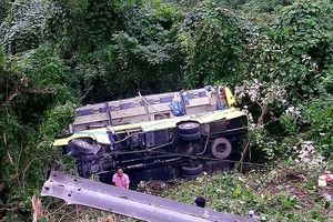 Phó GĐ CA TT-Huế: Hoàn tất hồ sơ để khởi tố vụ xe chở SV lao xuống đèo Hải Vân