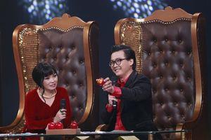 Phương Thanh khóc cười trước những câu chuyện đời của nghệ sĩ hát Lô tô
