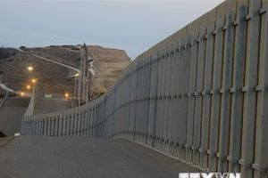 Tổng thống Mexico không can dự vào thảo luận bức tường biên giới