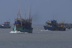 21 ngư dân Việt Nam bị Thái Lan bắt giữ khi chạy bão
