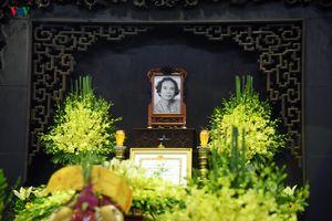 Bạn bè, người thân tiễn biệt nhạc sĩ, nhà thơ Nguyễn Trọng Tạo