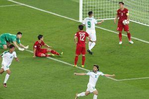 Chuyên gia: 'Lối chơi tập thể của tuyển Việt Nam không kém đối thủ'