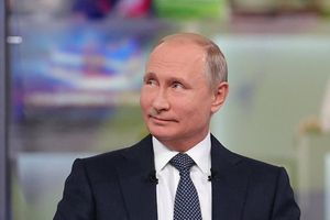 'Ông Putin là món quà lớn nhất dành cho NATO'