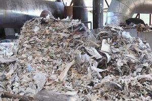 Bình Dương: Công ty đốt rác thải công nghiệp gây ô nhiễm