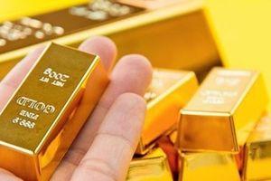 Giá vàng hôm nay 10.1: USD lao dốc, vàng miếng bật tăng