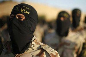 Một chiến binh vị thành niên người Mỹ của IS bị bắt tại Syria