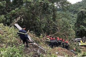 Khởi tố lái xe chở hơn 20 sinh viên rơi xuống vực ở đèo Hải Vân
