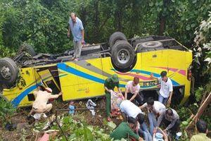 Khởi tố tài xế điều khiển xe khách chở 21 sinh viên lao xuống vực