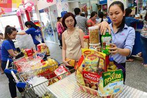 TP Hồ Chí Minh: Nóng thị trường giỏ quà Tết