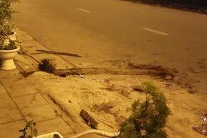 Truy sát trên đại lộ Võ Văn Kiệt, 2 người bốc vác thuê bị chém gục