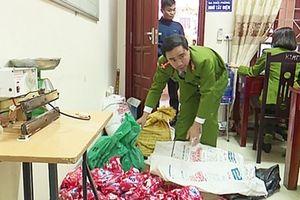 Phát hiện cơ sở sản xuất bột giặt Omo giả
