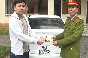 Công an tỉnh Thừa Thiên- Huế trao trả ôtô trong vụ án chiếm đoạt tài sản