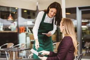 Giáp Tết, doanh nghiệp đua nhau tuyển lao động thời vụ