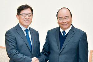Thủ tướng muốn Samsung đưa Việt Nam trở thành cứ điểm quan trọng nhất toàn cầu