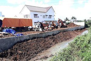 Một loạt con suối ở TP Pleiku bị 'xóa sổ' để phân lô bán nền