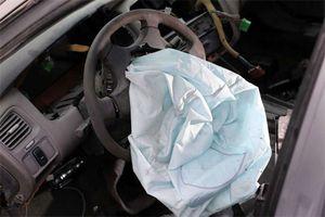Toyota triệu hồi 1,7 triệu xe do nghi ngờ các túi khí bị lỗi