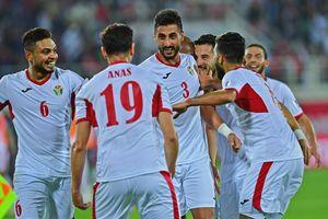 Jordan giành vé đầu tiên vào vòng knock-out Asian Cup 2019, HLV Syria bị sa thải
