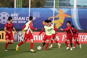 Asian Cup 2019: Thái Lan bất ngờ hạ Bahrain, Jordan vô tình giúp Việt Nam