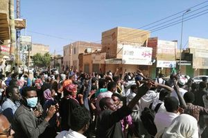 Cảnh sát Sudan sử dụng hơi cay để giải tán người biểu tình