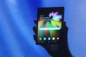 Samsung ra mắt điện thoại màn hình gập trong tháng 2
