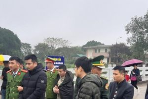Bắt giữ 8 đối tượng người Trung Quốc trốn truy nã tại Quảng Ninh