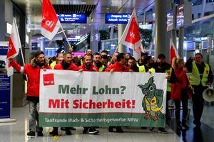 Đức buộc phải hoãn, hủy hơn 640 chuyến bay vì đình công