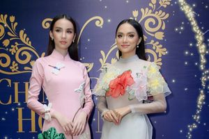 Chung kết The Tiffany Vietnam: Hương Giang - Yoshi diện áo dài gây thương nhớ, Khả Trang - Phí Phương Anh 'chất lừ'