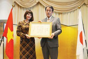 Báo PNVN nhận Bằng khen vì những đóng góp trong quan hệ Việt - Nhật