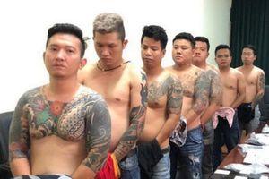 Cảnh sát bắt giữ băng nhóm giang hồ Vũ Bông Hồng ở TP.HCM