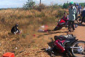 Tông vào xe tải gặp sự cố, 3 người tử vong