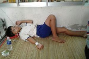 Sau khi xúc miệng, 45 học sinh ở Cà Mau nhập viện