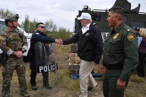 Ông Trump thăm biên giới Mỹ-Mexico trong tâm bão đóng cửa chính phủ