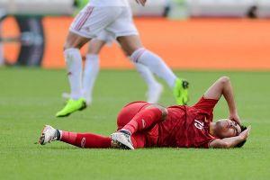 Đức Huy mất trí nhớ tạm thời sau va chạm với cầu thủ Iran