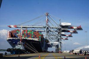 Cảng Cái Mép tiếp nhận siêu tàu container gần 190.000 tấn