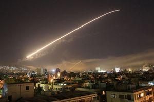 Israel tiếp tục nã được tên lửa vào sân bay của Syria