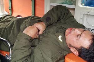 Nhân viên an ninh hàng không bị 'cò mồi' dùng khóa càng xe máy đánh vào mặt