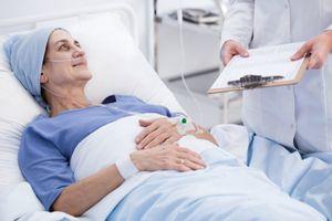 Giải đáp câu hỏi 'Người bị ung thư phổi có chữa được không?'