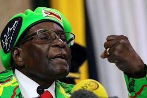 Cựu Tổng thống Mugabe bị trộm vào nhà lấy tiền