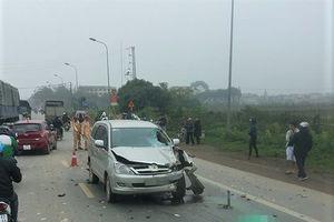 Tin tức 12/1: Innova tông chết 2 người khi vượt xe cùng chiều