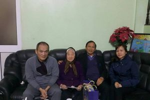 Tập đoàn Kinh Đô thăm và chúc tết Mẹ Việt Nam Anh hùng – Bà Đỗ Thị Nhuận