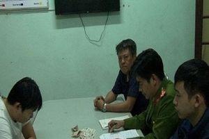 Thừa Thiên Huế: Nam thanh niên 'bán bia' lừa đảo 63 triệu đồng của CH tạp hóa