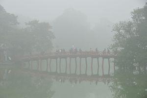 Hà Nội trong màn sương huyền ảo