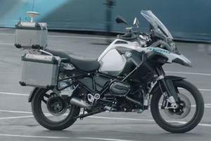 Trải nghiệm công nghệ tự lái trên xe máy của BMW tại CES